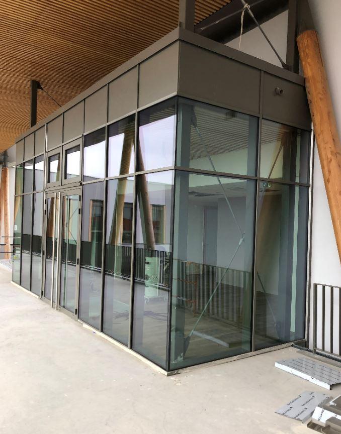 sasse d'entrée bâtiment publique à Grenoble